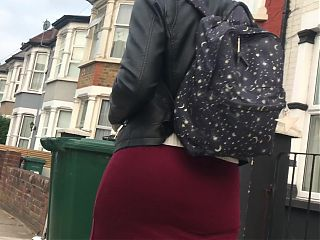 Round juicy british ass wobbling in loose dress