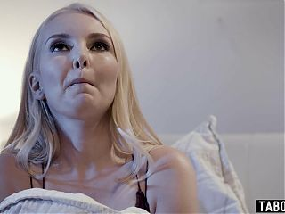 MILF patient Aaliyah Love likes to get choked when fucked