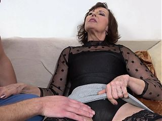 Hot GILF gets real help from two boys